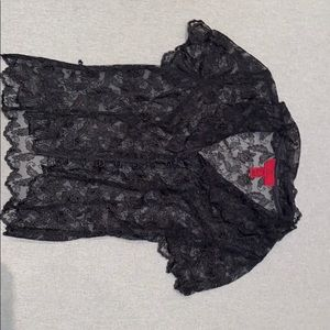 black lace short-sleeved shirt